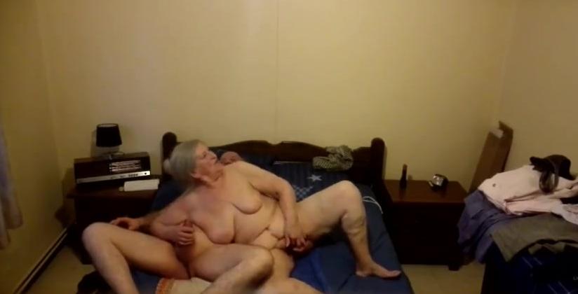 Скрытая Камера Бабка С Дедом Порно